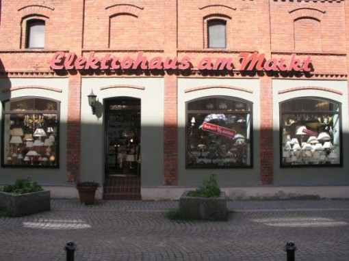 Straßenansicht Elektrohaus am Markt - Installationsbetrieb